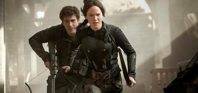 Katniss vê a destruição do Distrito 12 em novo trailer de Jogos Vorazes: A Esperança - Parte 1