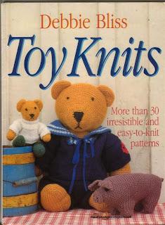 Toy-knits-vyazanye- mishki- igrushki