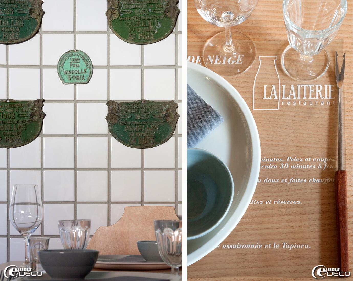 Plaques de prix agricoles chinées dans le décor du restaurant 'La Laiterie' de l'hôtel 'Altapura' à Val Thorens