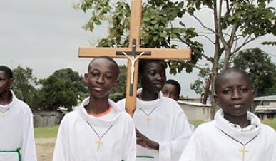 Jovens para uma Igreja jovem em África