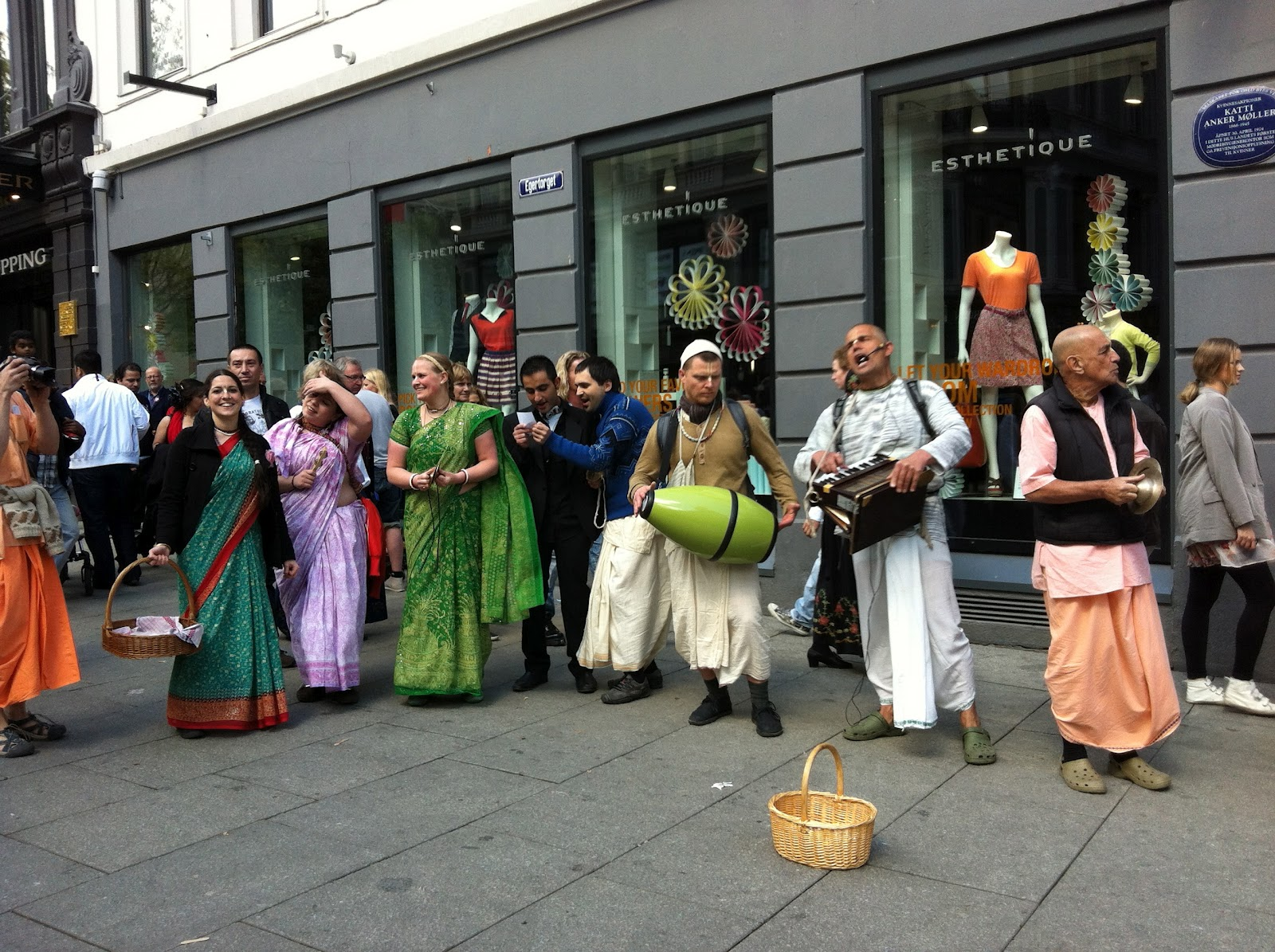 how to become a hare krishna