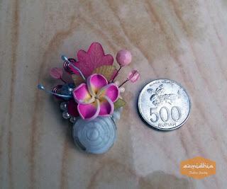 Bros Jilbab Terbaru Model Bunga Bahan Kerang