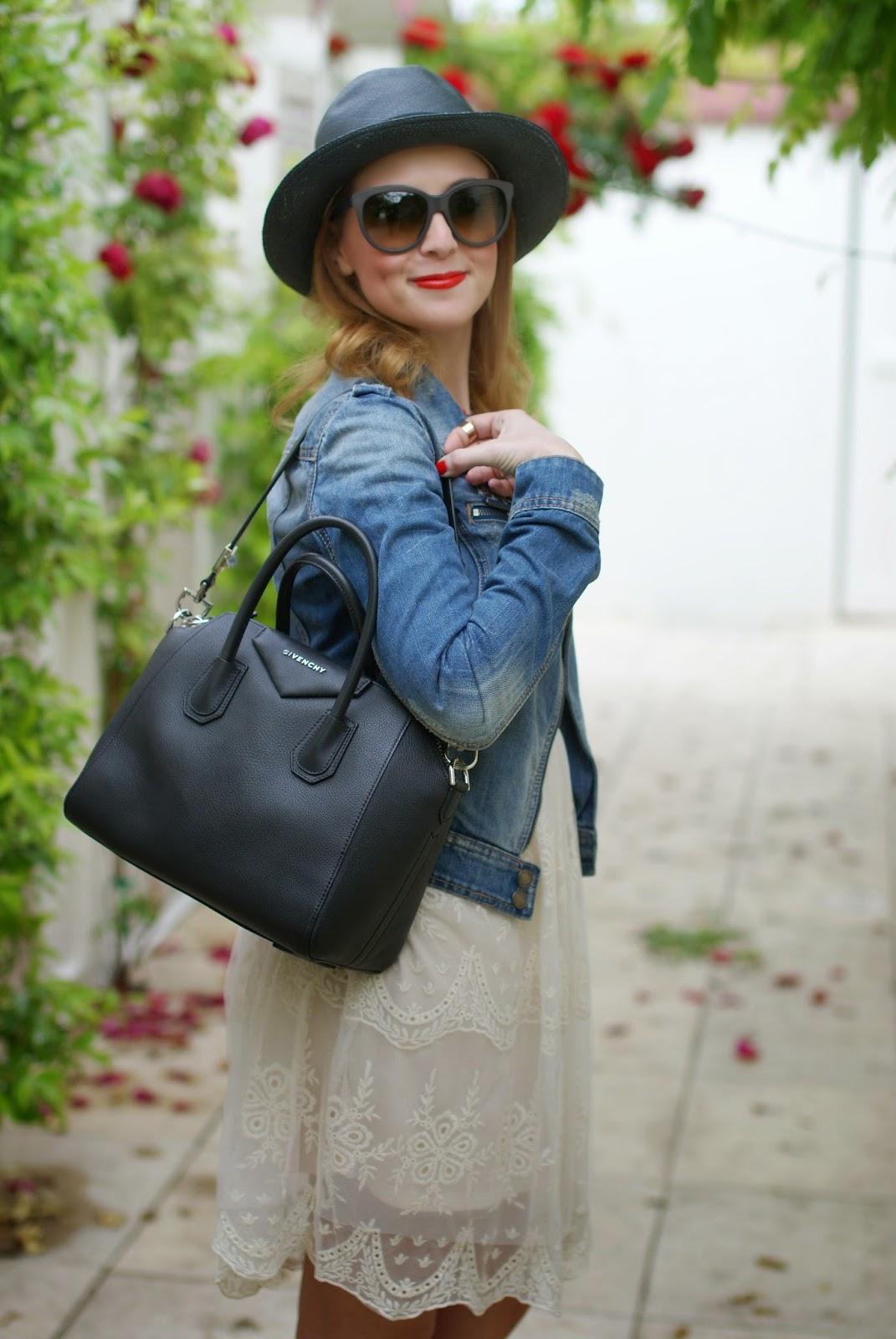 Chicwish lace dress, Givenchy Antigona bag, Majestical necklace, Fashion and Cookies, fashion blogger