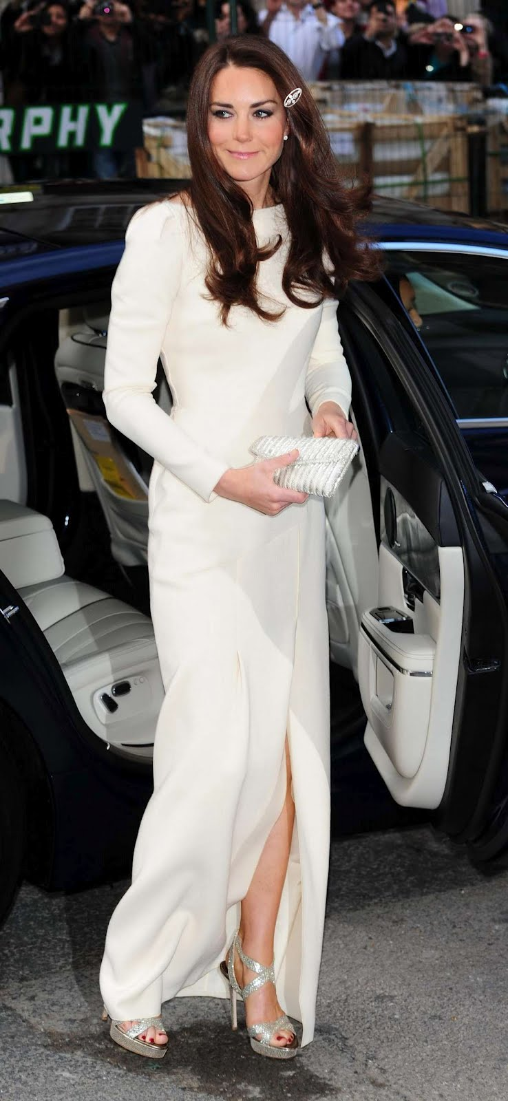 The Duchess of Cambridge wore a Roland Mouret cream gown at the Thirty ...