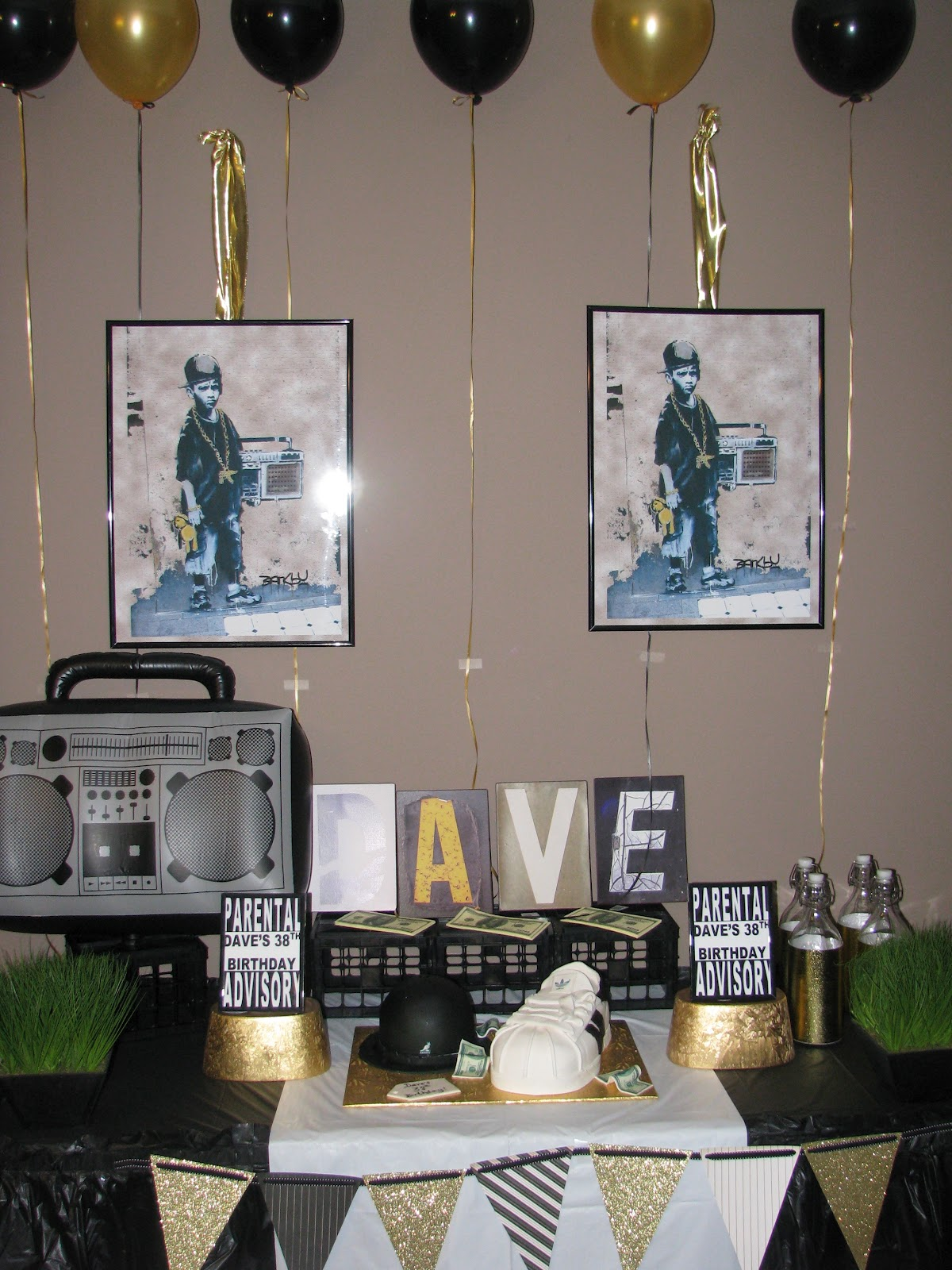 Creative girl productions hip hop 80 39 s party for Old school party decorations