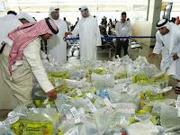 Hati-Hati Beli Air Zamzam, Ternyata di Makkah Ditemukan Penjual Air Zamzam Palsu