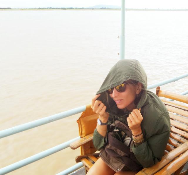 Avventure nel Mondo - Dolce Burma - boat to Mingun - Mnadalay