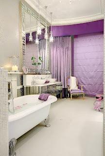 image de espelho de banheiro