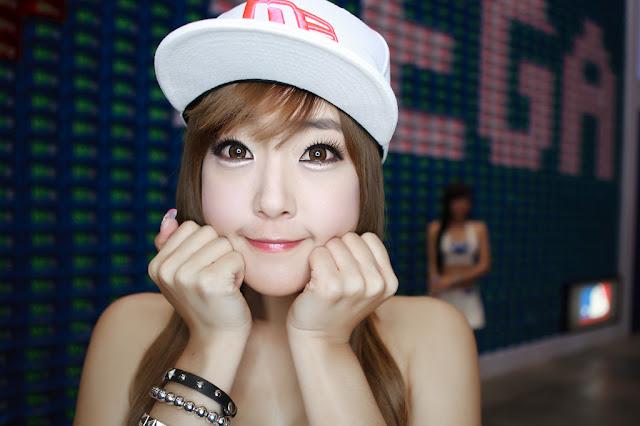 1 Yook Ji Hye - G-Star 2011-very cute asian girl-girlcute4u.blogspot.com