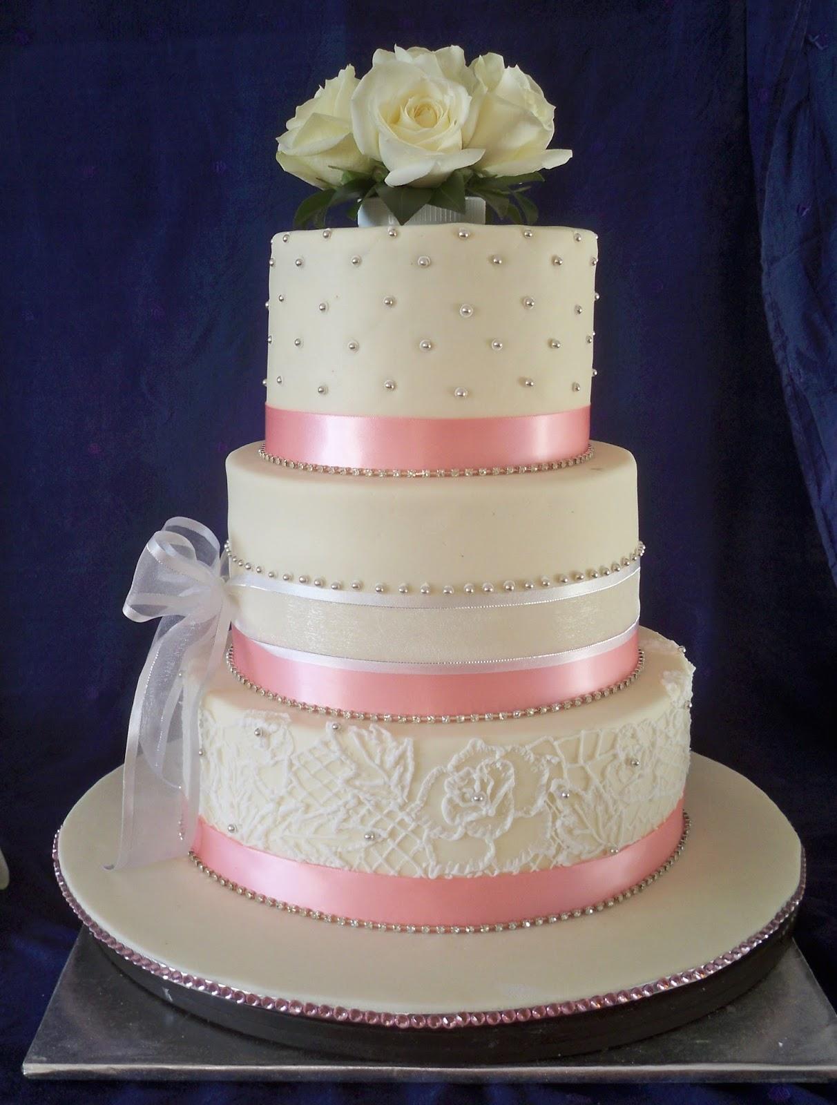 Elegant Pink And Silver Lace Wedding Cake Elisabeth 39 S Wedding Cakes