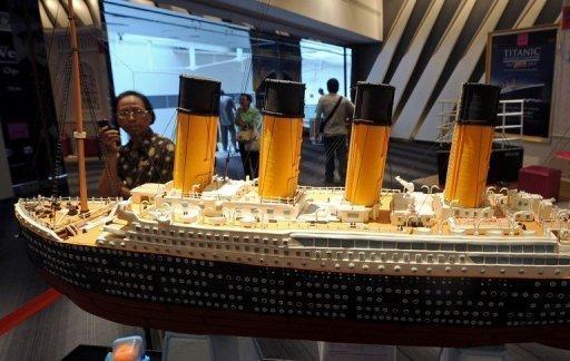 الصين تقوم ببناء السفينة (تايتانيك 2)  - china titanic 2