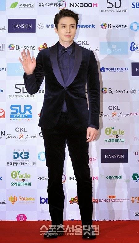 Lee Dong-Wook as Cha Jae-Wan