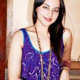 sonakshi sinha Latest hot stills  (30)
