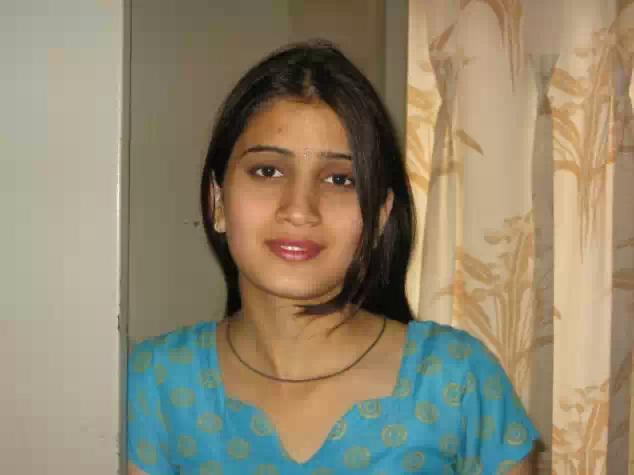 aunty and bhabhi mix photo collection set 1   nudesibhabhi.com