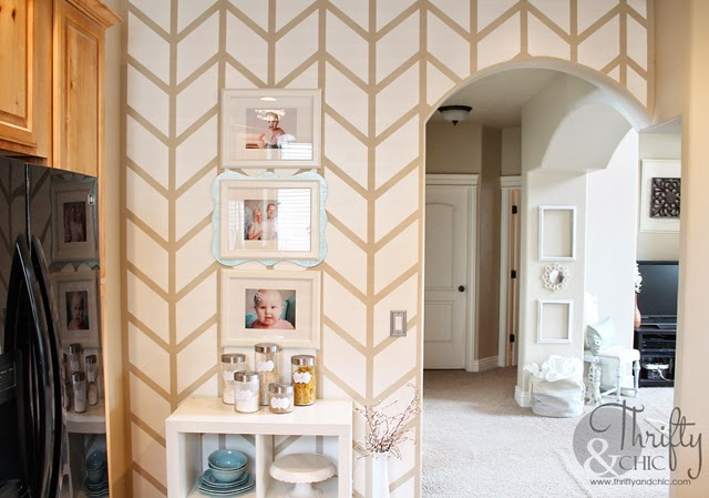 how to paint a herringbone pattern on a wall