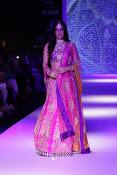 Kriti Sanon latest glamorous raml walk-thumbnail-11