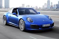 Porsche 911 Targa 4S (2016) Front Side