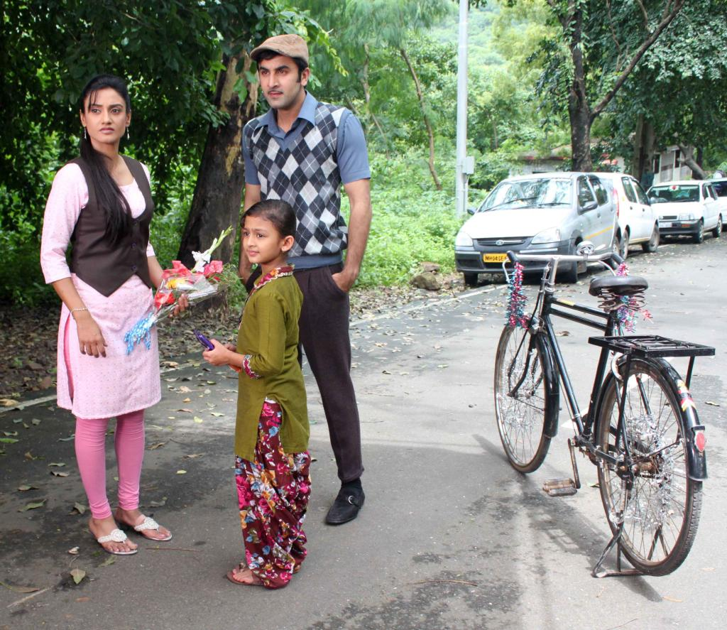 Bollywood Actor Ranbir Kapoor visited Zee TV's Hitler Didi Show for ...