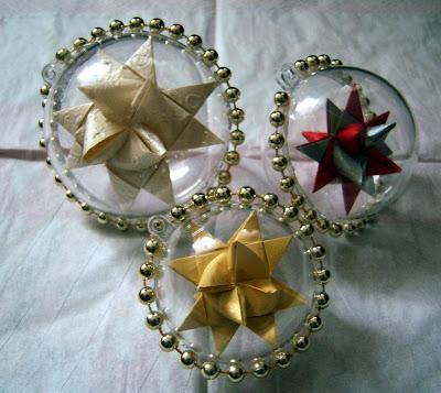 Kathrins blog diy weihnachtskugeln f r baum t r und fenster - Weihnachtskugeln fenster ...