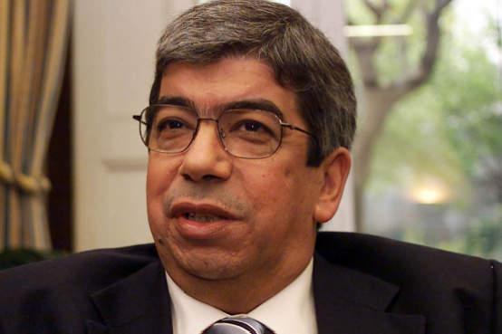Portugal: Ferro Rodrigues acusa Governo de praticar política de terra queimada
