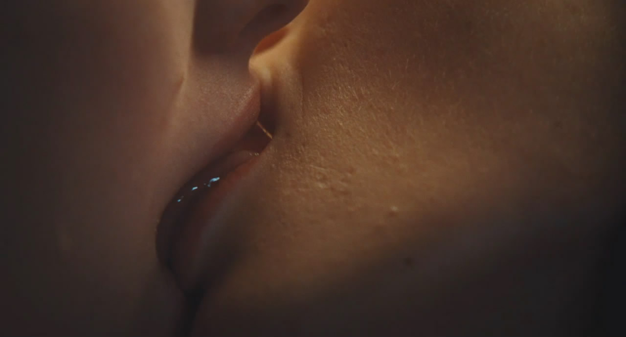 Amanda seyfried nude scenes chloe hd 3