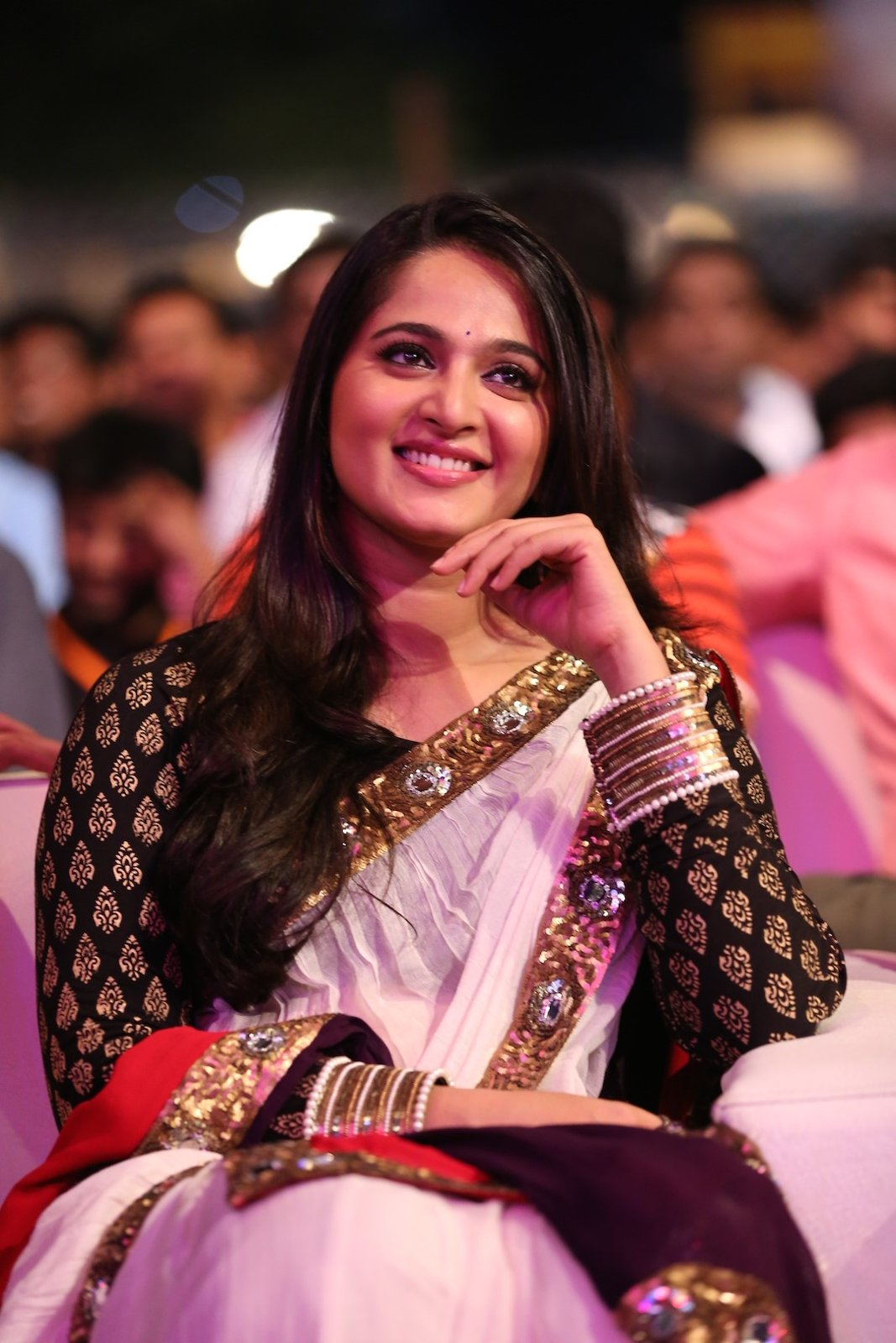 Anushka photos at Baahubali Audio launch-HQ-Photo-12