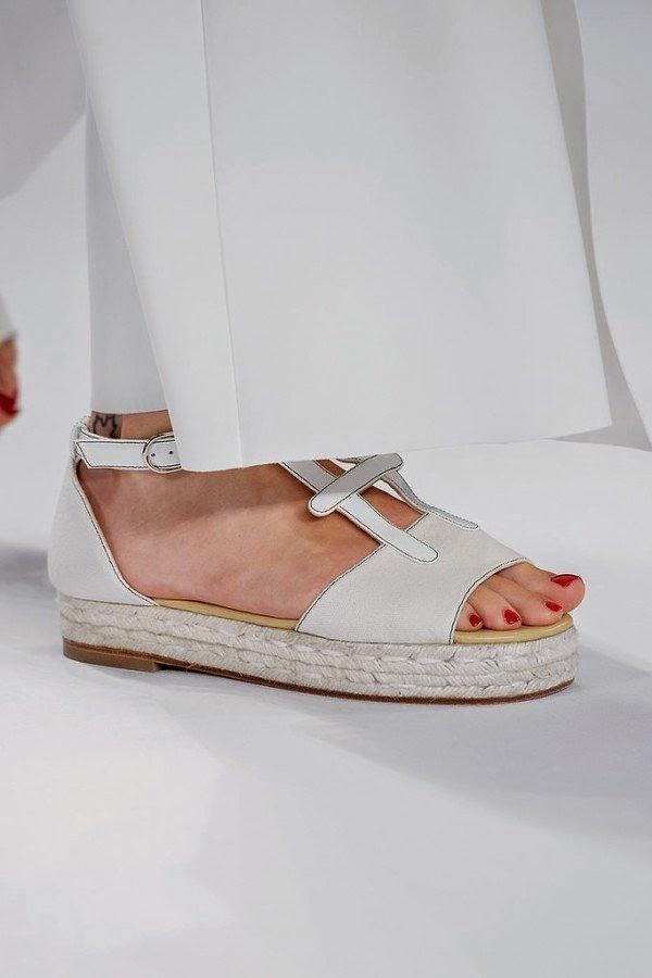 2015 yazlik bayan ayakkabi modelleri bilgilerburada beyaz 2015 bayan ayakkabı modelleri, 2015 ayakkabı trendleri, 2015 kadın modası, 2015 modası, 2015 trendleri, ayakkabı, ayakkabı modelleri, new york moda haftası
