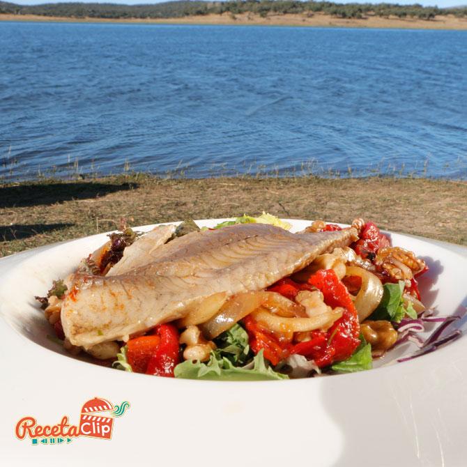 pesca, carpa, ensalada, nueces, recetaclip, embalse,