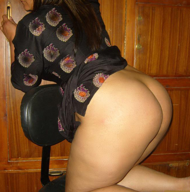 Big photos ass aunties pakistani