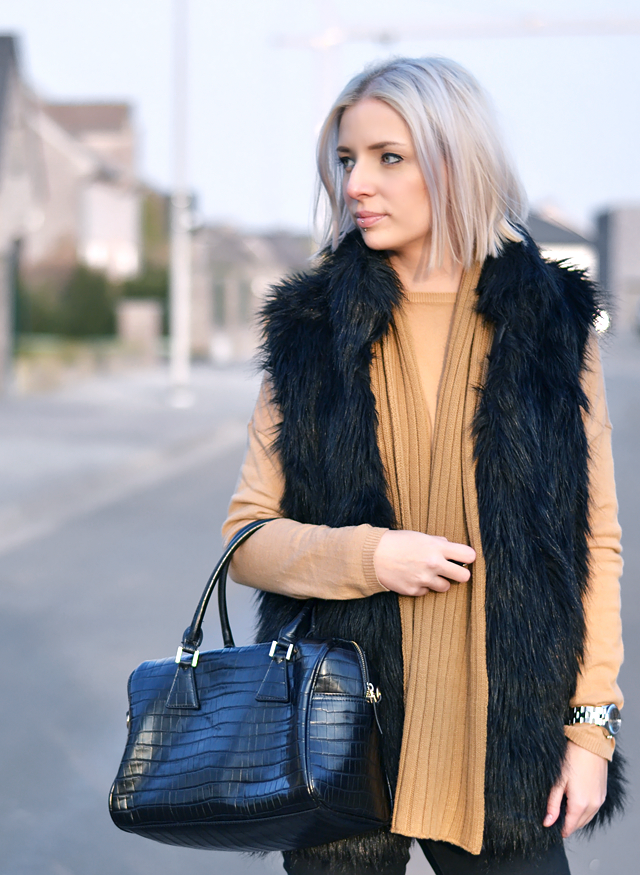 Camel outfit,  crocodile bag, mango, croc print, ysl inspired, knock off, marc by marc jacobs, skeleton watch, fur vest