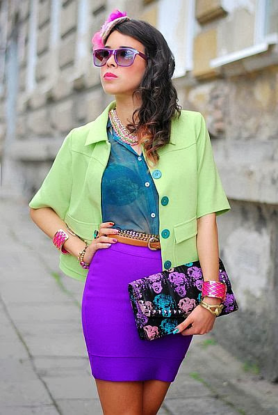 street style: neon colors and Marilyn Monroe clutch