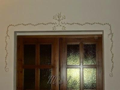 Truccamerlucca decorazione casa greca con foglioline for Greca adesiva per muro