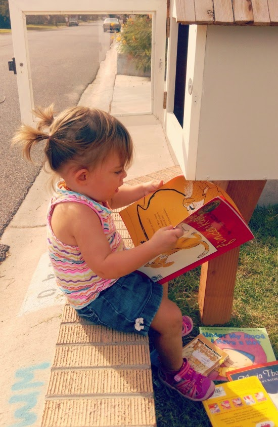 7 reasons why you need a Little Free Library // Healthy Happy Home