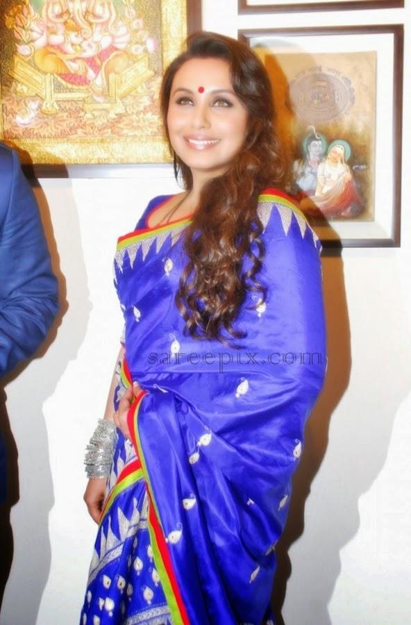 Rani-mukherjee-blue-silk-saree-art-exhibition