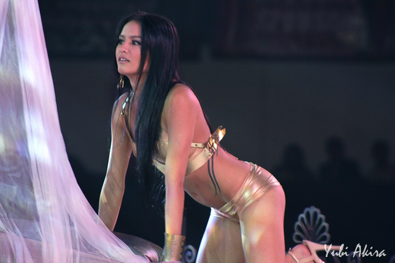 premiere vixens naked at the fhm philippines 100 sexiest victory party 06