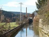 El canal i xemeneia de la Rabeia