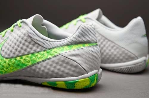 Nike futsal shoes 2014 elastico