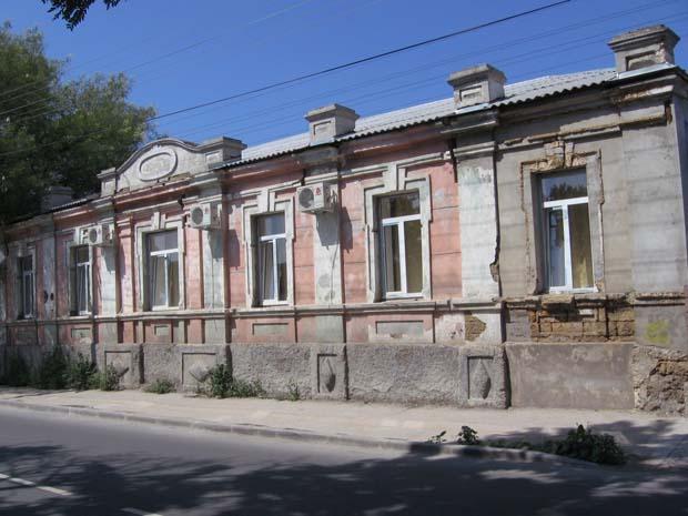 Дом, в котором жил Дмитрий Ульянов в Евпатории