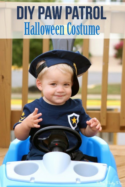 Love this DIY Paw Patrol Halloween costume from playpartypin.com, such a clever way to make the ears and tail
