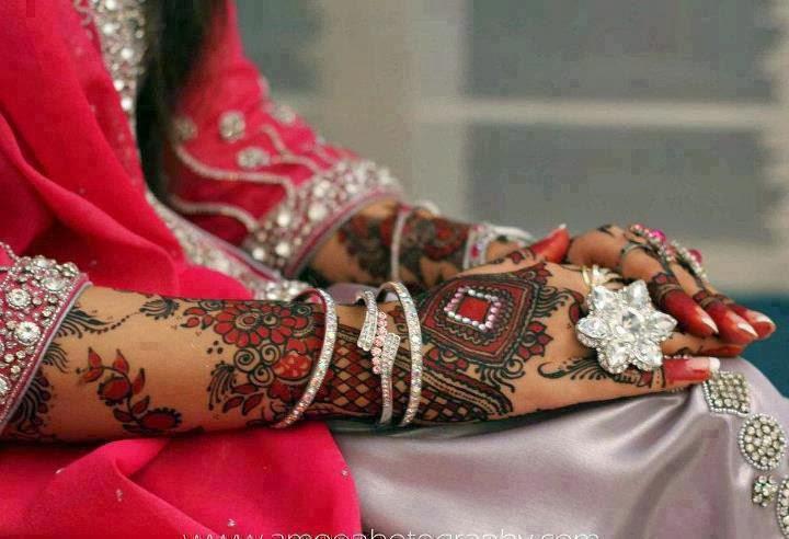 Mehndi For Dp : Facebook dp and cover mehndi designs