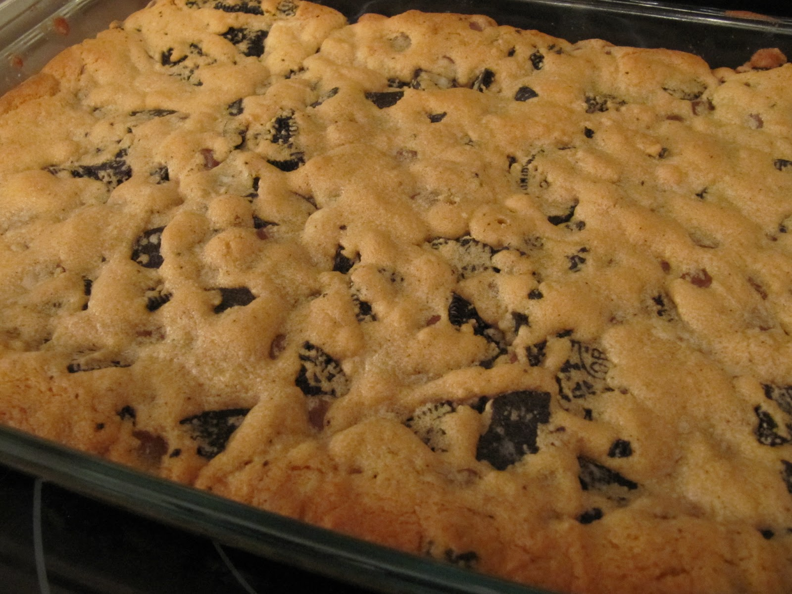 Oreo-Chocolate Chip-Peanut Butter Bars (aka 'Monster Cookies')
