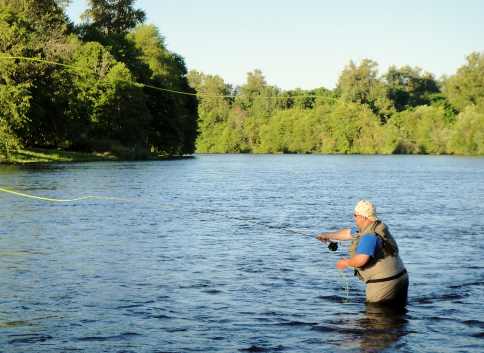 Fly fishing for summer steelhead rogue river fishing for Fly fishing for steelhead
