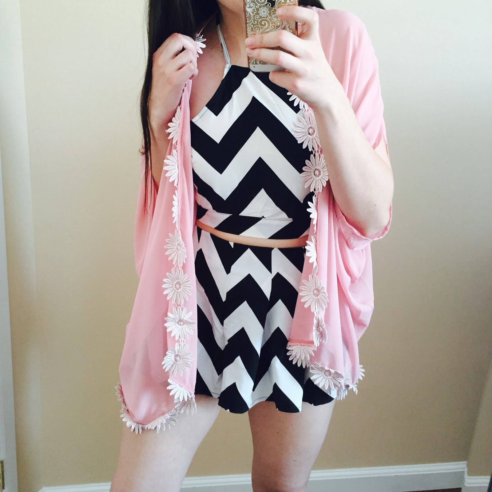 2 piece suits, chevron play suit, playsuit, chevron playsuit, cute outfit, chevron 2 piece, shorts and tank top outfit,