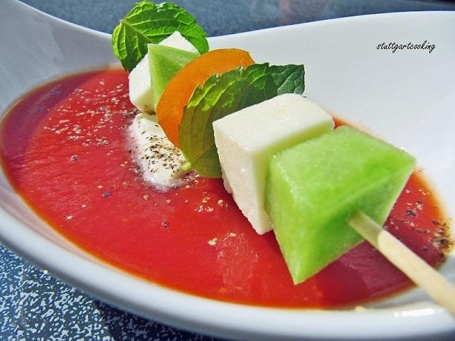 stuttgartcooking scharfe tomatensuppe mit melonen. Black Bedroom Furniture Sets. Home Design Ideas