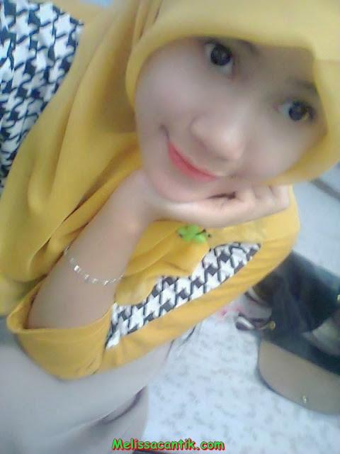 tante-nungging.blogspot.com - Gambar gadis muda muslimah berhijab.