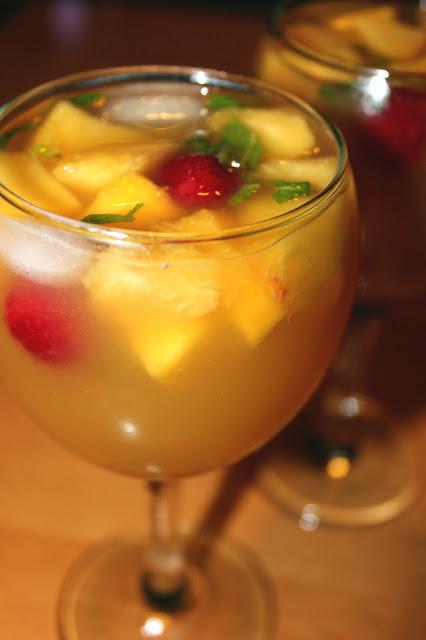 White Peach Juice 700 ml of peach nectar