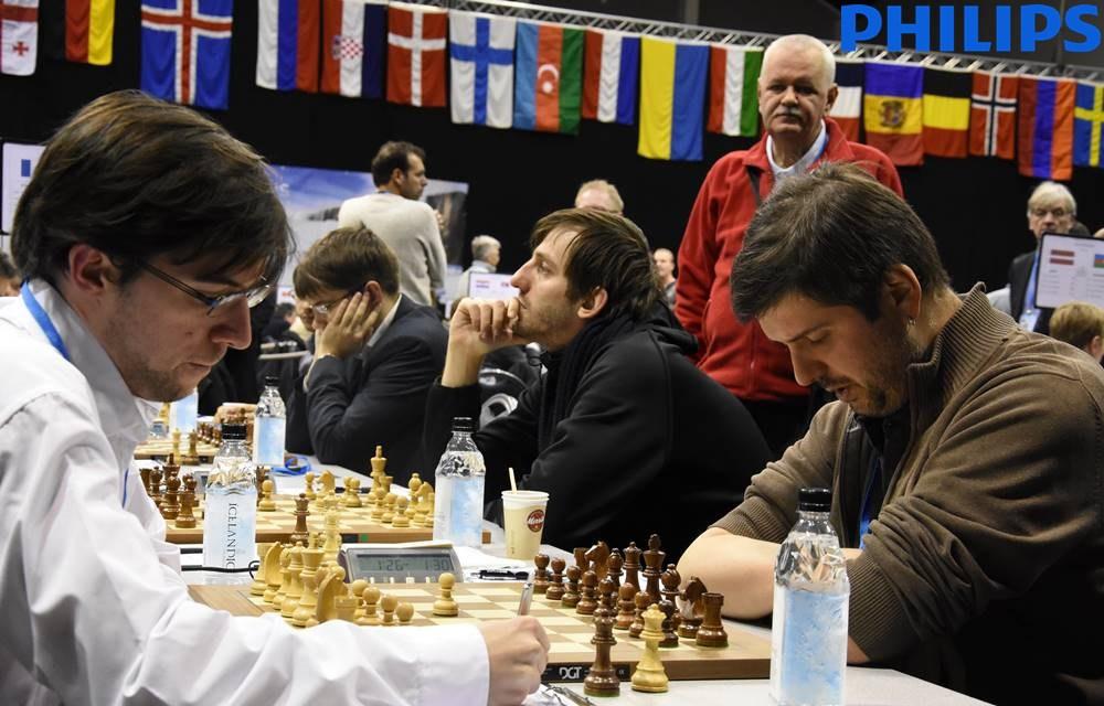 Le numéro 1 Français Maxime Vachier-Lagrave ne réussira pas à marquer le point face à Peter Svidler, intraitable en défense - Photo © site officiel
