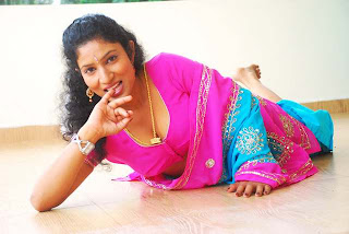 Kalla Parunthu Tamil Movie 2011  Stills 51.jpg