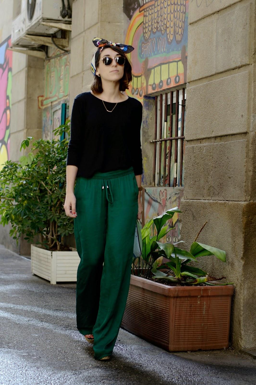 Pantalones Zara, camisetas Mango, Bolso SiraMamy, Sandalias Palma Barcelo