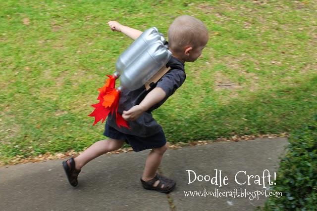 DIY Disfraz propulsor para niño